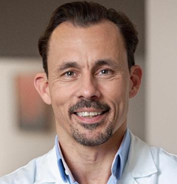 Univ.Prof.Dr. Florian FITZAL, F.E.B.S.